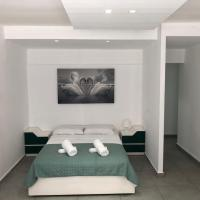 A super great apartment 200 meters to the beach from the company R&A, מלון בבת ים