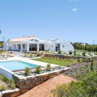 Country Villa, Ocean View, Private Heated Pool, BBQ