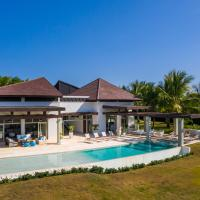 Unique Private Villa with Pools and Golf Cart