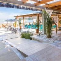 Hotel Village Enseada, hotel in Ubatuba