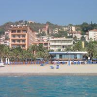 Grand Hotel Moroni, hotel a Finale Ligure