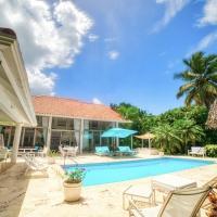 Modern Villa with Jacuzzi & Staff & Golf Courses at Casa de Campo
