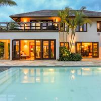 Luxury & Spacious Villa with Pool Near the Beach - In Front of Golf 2 Courses, hotel near Punta Cana International Airport - PUJ, Punta Cana