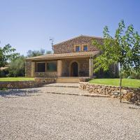 Llubi Villa Sleeps 8 with Pool Air Con and WiFi
