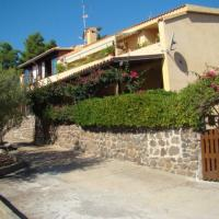 House Front Beach, private parking, Parabol TV, AC.6 (+1)beds
