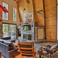 Mod Cabin with Hot Tub, Walk to Lake & Golfing!
