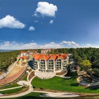 White Resort – hotel w mieście Krynica Morska