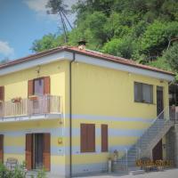 B & B AMICI, hotell i Vezzano Ligure