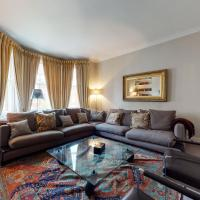 Amazing 5 Bed Flat in the Heart of Chelsea for up to 6 people