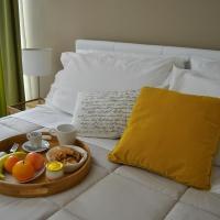 Cento Tari' Guest House, hotel a Castiglione di Sicilia