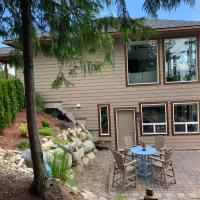 Kootenay Lake, Mountain Views, hotel em Nelson