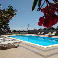 Villa Blue Apartments, hotel in Agia Triada
