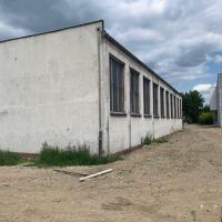 Robotnícka ubytovňa, hotel in Nové Mesto nad Váhom