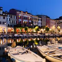 Hotel Piroscafo, hotel en Desenzano del Garda
