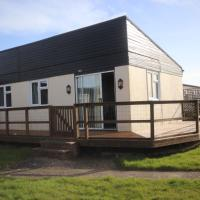 18L Medmerry Park 2 Bedroom Chalet