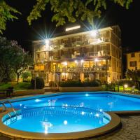 Hotel Adria & Resort, hotel a Toscolano Maderno