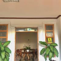 Ashburn's Transient La Union, hotel in Dalumpinas Oeste
