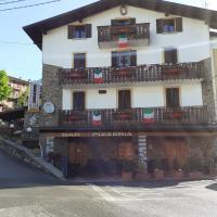 Albergo Pizzeria Ristorante Al Ponte, hotel a San Colombano