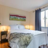 2-Bedroom Guesthouse with HBO and More, hotel sa Whittier