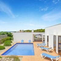 Punta Prima Villa Sleeps 7 with Pool Air Con and WiFi