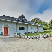 New Listing! Spacious Country Home With Water Views Home