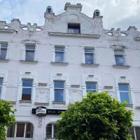 Hotel Bila Ruze, hotel en Strakonice