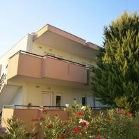 Fulis Apartments, отель в Кассандре