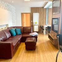 Large, new 2 rooms apt near the aiport, hotel poblíž Mezinárodní letiště M. R. Štefánika – Bratislava - BTS, Prievoz