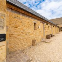 Mill Cottage - Ash Farm Cotswolds, hotel in Stow on the Wold