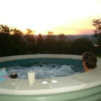Wallaby Ridge Retreat, hotel in Tamborine Mountain
