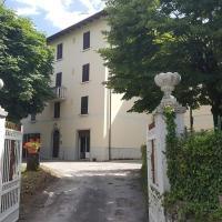Residence La Bolognina 2, hotel in Lizzano in Belvedere