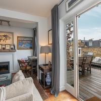 Stylish 2-bed flat w/ terrace near Battersea Park