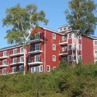 Lanes Riverhouse Inn & Cottages, hotel em Montague
