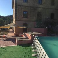 Student's Hostel Gowett, hotell i Campiglia Marittima