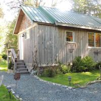 Remote Renfrew Riverside Retreat, hotel in Port Renfrew