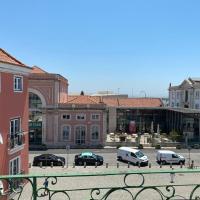 Alfama Apartment with Balcony