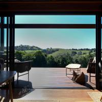 Your Luxury Escape - Carinya Cottages 2, hotel em Hayters Hill
