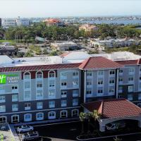 Holiday Inn Express & Suites - St. Petersburg - Madeira Beach, Hotel in Sankt Petersburg