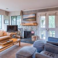 New Listing! Remodeled Condo Across from the Historic Sun Valley Lodge and Ice Rink