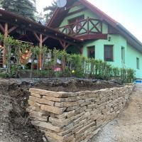 Chata Miška, hotel in Drienica