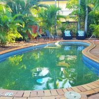Coconut Grove Holiday Apartments, hotel near Darwin International Airport - DRW, Darwin