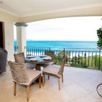 Luxury 4th-floor Flamingo unit with priceless views of two bays