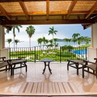 Beachfront Luxury condo with 2 swimming pool