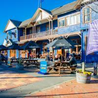 The Blue Pub, hotel in Methven