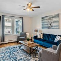Bright & Airy 2BR, 3 Blocks From The Beach