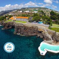 Albatroz Beach & Yacht Club, hotel near Cristiano Ronaldo Madeira International Airport - FNC, Santa Cruz