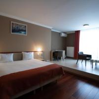 Hotel Taormina Brussels Airport, отель в Завентеме