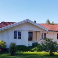 Koselig feriehus i naturskjønne omgivelser