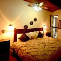 Las Mariposas Eco-Hotel & Studios