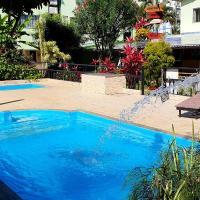 Duas Praias Hotel Pousada, отель в городе Гуарапари